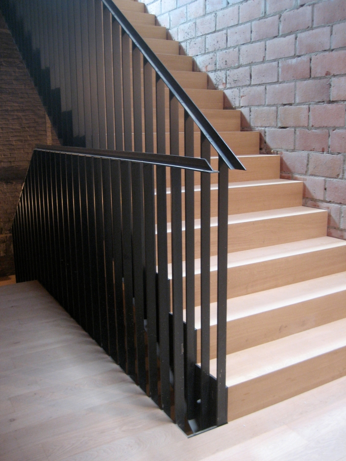 EXPEDITIE staircase